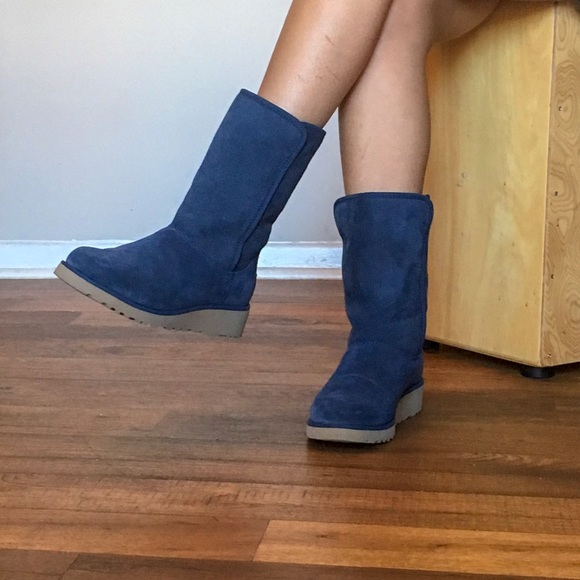 """97d6433efc0 New UGG Boots """"Amie"""" - Winter Pull-On Navy Blue"""